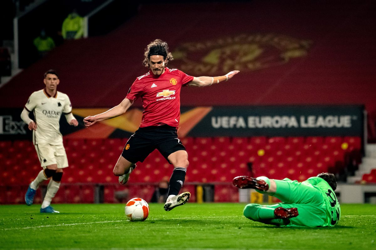 Manchester United dominates Europa League semi-finals with six goals over Roma