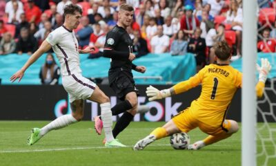 England beat Germany to qualify in Euro Cup