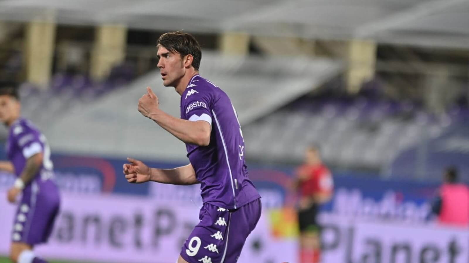 Manchester City joins the race to sign Dusan Vlahovic