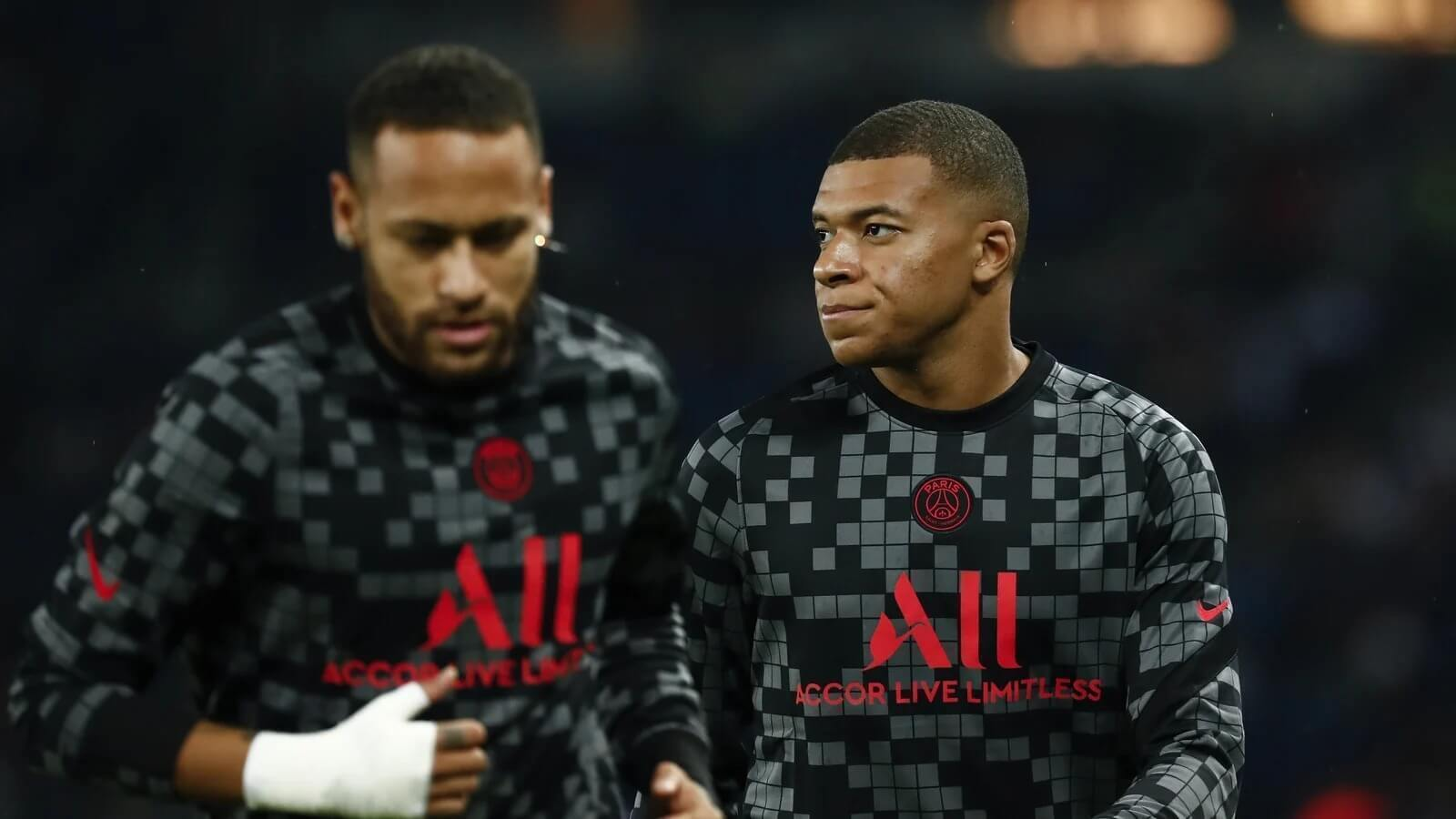 Pochettino: Mbappe appears cool despite contract uncertainty